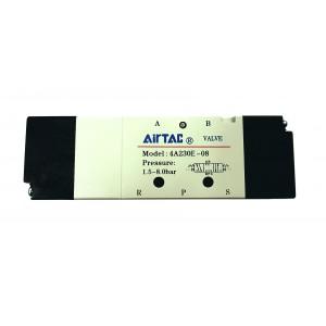 "Distribuitor bistabil comanda pneumatica 5/3 centrul exhaustat - G1/4"""